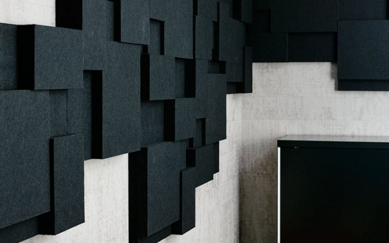 sound-absorbing-contrast